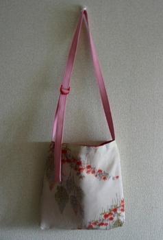 牡丹色羽織バッグ+白レース_裏.JPG